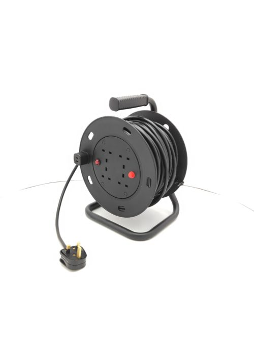 cable reel 4x13A with plug scaled
